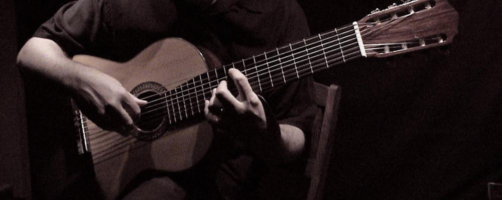 How To Put On A Great Solo Acoustic Performance