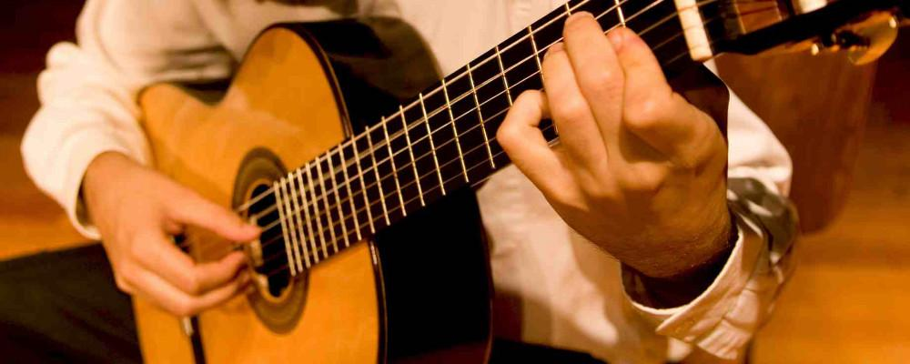Affordable Ways Of Getting A Better Sound From A Cheap Acoustic Guitar